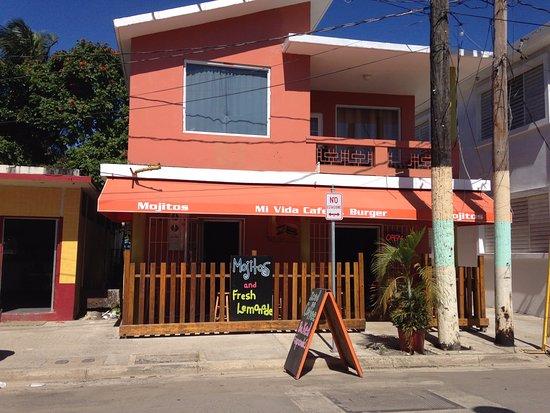 Palmer, Puerto Rico: Restaurant front