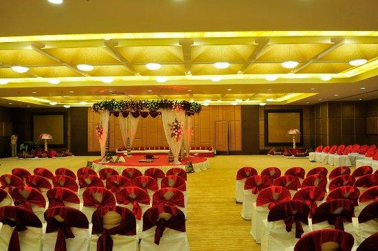 Cambay Grand Ahmedabad Photo