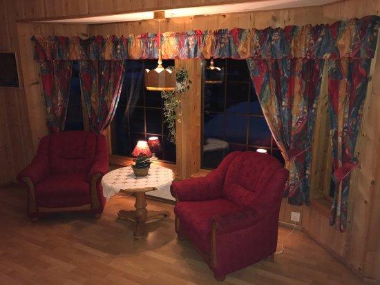 Nord-Trøndelag, Noruega: En meget hyggelig plass å ta en stopp når du trenger å sove over. God mat og trivelig betjening