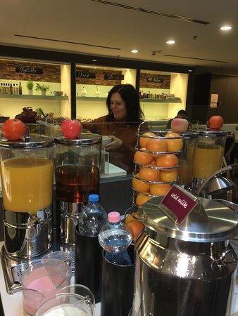 Hotel Palazzo Zichy: Sumptuous Breakfast