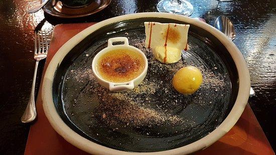 Winchcombe, UK: Creme Brulee Dessert with homemade meringue and sorbets