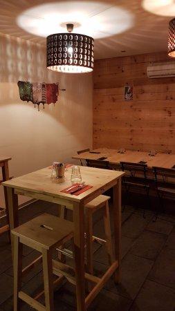 Castelnau-le-Lez, France: Espace repas convivial