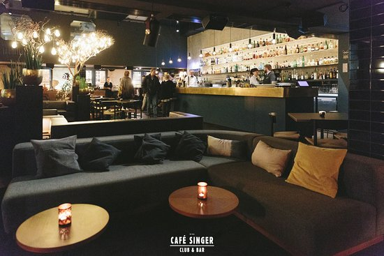 Cafe Singer: Bar & Club
