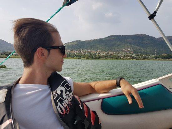 Hartbeespoort, Südafrika: Cruising on Speedboat