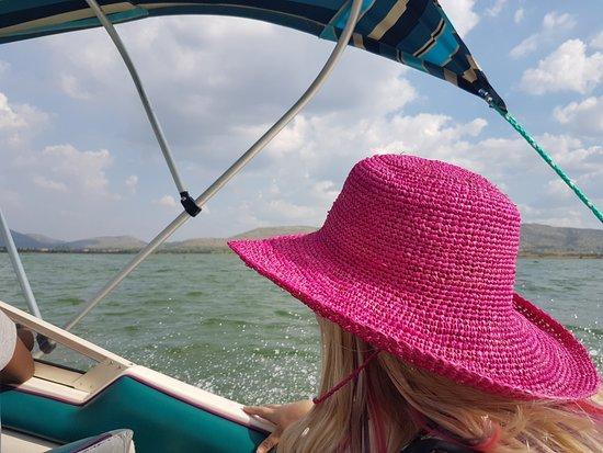Hartbeespoort, Südafrika: Cruising on the speedboat