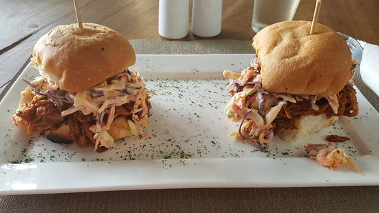 Ndola, Замбия: Pulled Pork Sliders