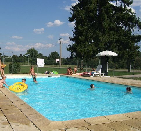 Chalet sapin 7 pers picture of camping de la foret for Camping la foret fouesnant avec piscine