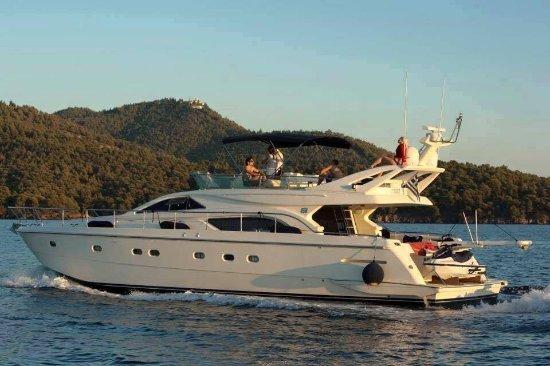 Chalkidiki Luxury Yachts