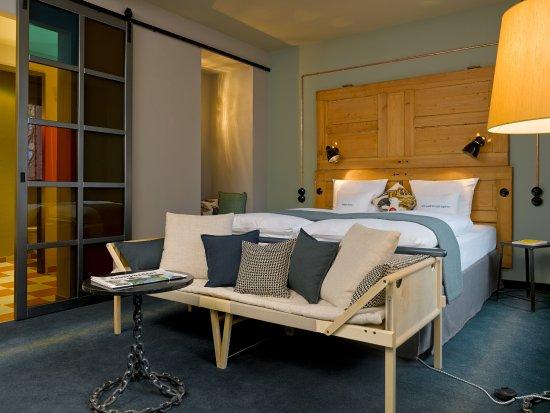 25hours hotel altes hafenamt bewertungen fotos preisvergleich hamburg deutschland. Black Bedroom Furniture Sets. Home Design Ideas