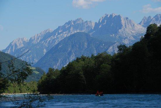 Kals am Grossglockner, Austria: Kanu Tour auf die Isel