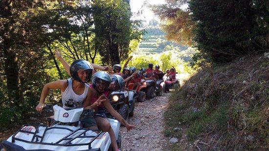 Fumane, Italy: Addio al nubilato in quad