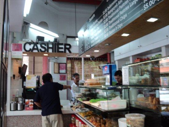 Rumah Makan Minang: Ada menu Eropa juga di RM Minang