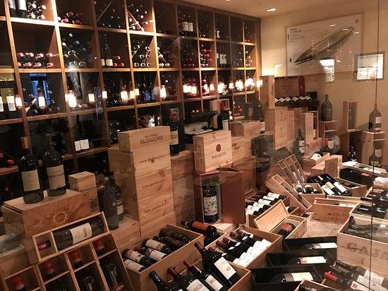 Bocca di Bacco: The red wines cellar!