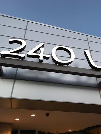 240 Union: photo0.jpg