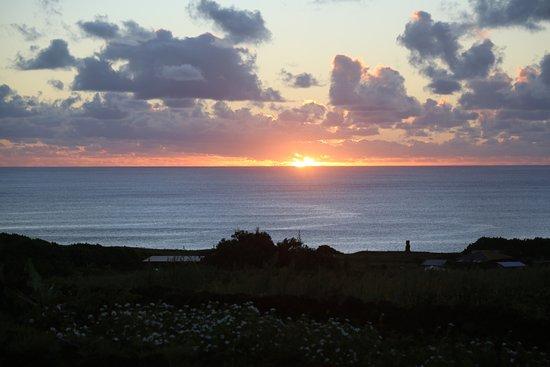 ألتيبلانيكو إيسلا دي باسكوا: sunset