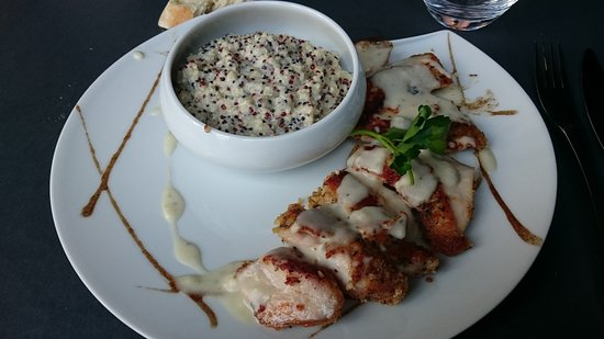 Villejuif, Prancis: suprême de volaille au quinoa