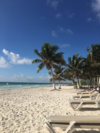 El Paraiso Tulum: A view to the right