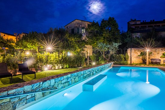 Casciana Terme, Italia: Piscina Albergo Stella