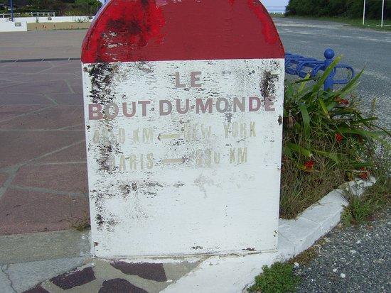 Saint-Denis d'Oleron, Frankrijk: La dernière borne kilométrique avant l'Amérique.