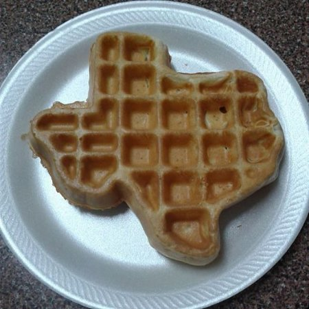 Nacogdoches, Teksas: liked the TX shaped waffle. Kinda cool