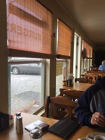 Gonzales, LA: Mamas Southern Tradition Restaurant