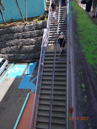 South Coast, St. Thomas: Stairs at the bottom, from ticket counter to loading platform