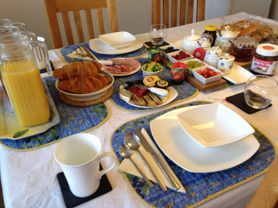 Abodes B&B - A hearty Continental Breakfast !