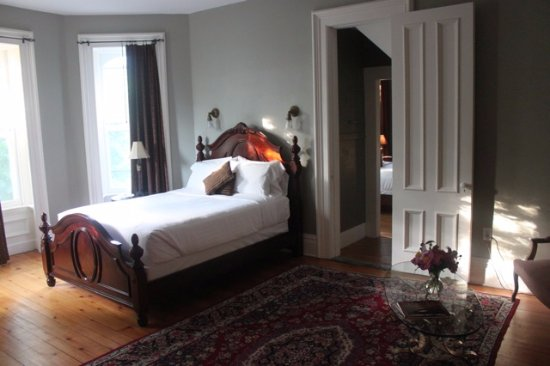 The William Smith Inn: The William Smith Suite