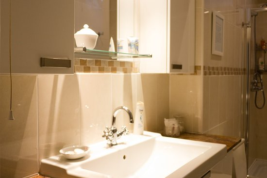 Kelso, UK: The Sun Room self-catering apartment at Edenwater House