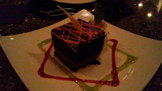 Nick & Nino's Penthouse Steakhouse: Chocolate Peppermint Schnapps Cake ($7.95)