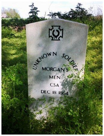 """Franklin, KY: """"Unknown Soldier grave, Franllin, Ky_large.jpg"""