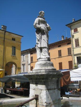 Monumento Dedicato a Domenica Calubini