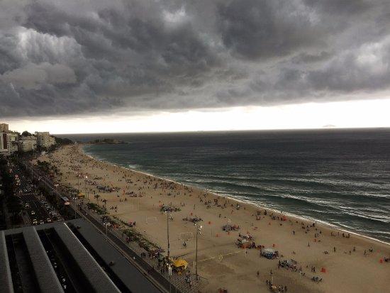 Sol Ipanema Hotel: Unos minutos de tormenta que enmarcan la imagen