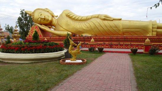 Vientiane, Laos: Bouddha couché