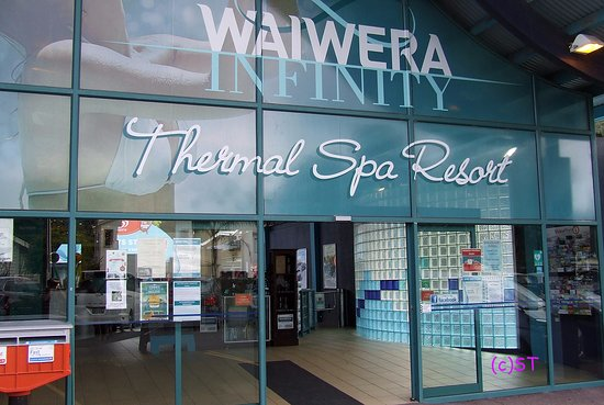 Waiwera, New Zealand: Entry and ticketing