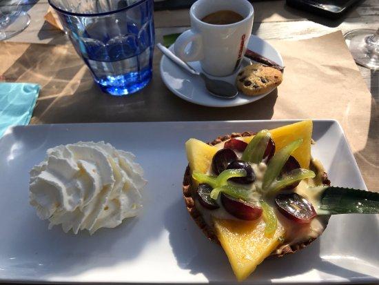 St-Laurent du Var, France: coffe tartelette pour bien terminer