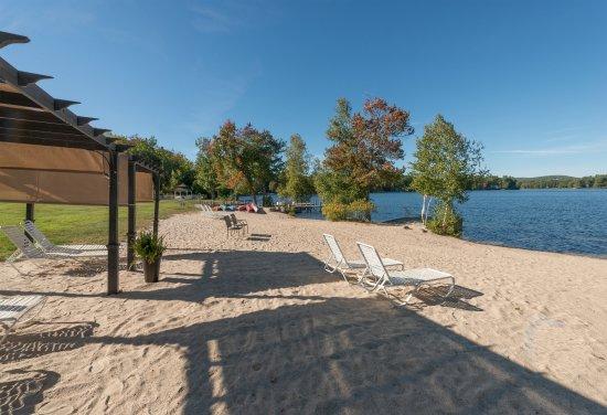 Crescent Lake Inn & Suites: Relax Area