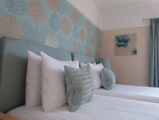 Avonlea House: Twin Room