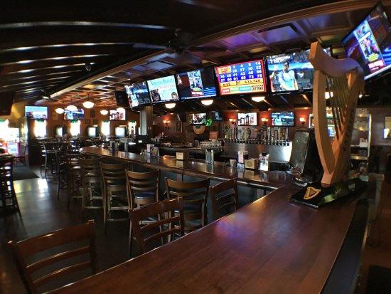 Warren, MI: Bar