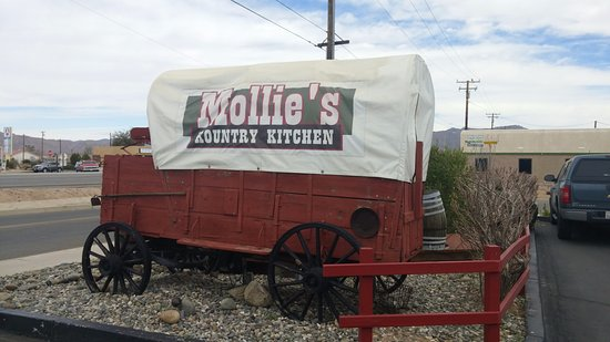 Mollies Kountry Kitchen: Entrance Sign