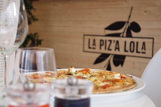 Pessac, France: La Piz'A Lola