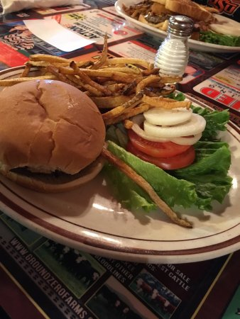 Siloam Springs, AR: The little Al with homemade fries!  The place was packed with locals, the service was very good