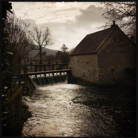 Bligny-sur-Ouche, France : photo0.jpg