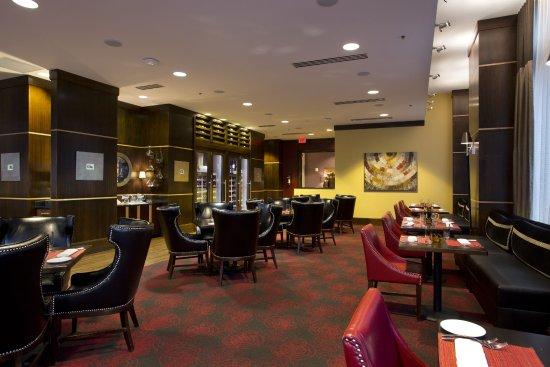 Ambador Hotel Wichita Autograph Collection Siena Tuscan Steakhouse Boasts An Award Winning Wine