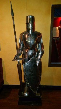 Lyndhurst, Nueva Jersey: knight armor