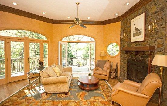 Warrenton, VA: Groomes Cottage Sitting Area