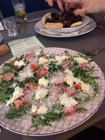 High Wycombe, UK: Starter of mozzarella, tomato, rocket and Parmesan