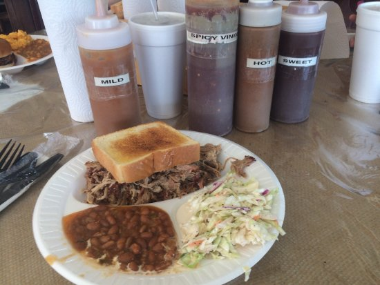 Richmond Hill, GA: Pulled pork with Texas toast, baked beans & coleslaw, along with amazing banana pudding for dess