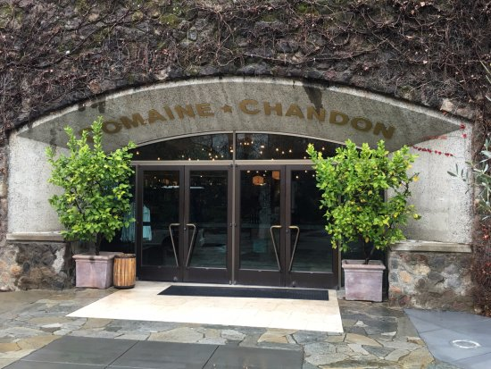 Yountville, Califórnia: The entrance to the building