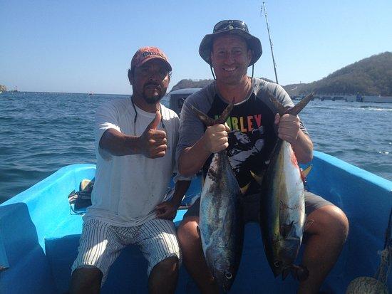Huatulco fishing with rudy mexiko omd men tripadvisor for Deep sea fishing santa cruz